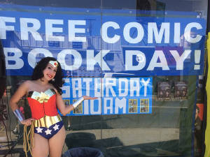 Comic-Con/Wonder-Woman-GA.jpg