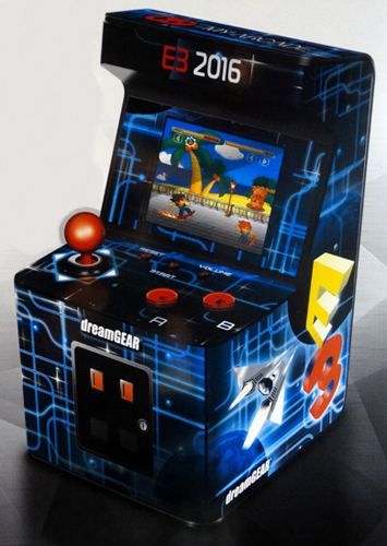 Video_Games/dreamgear-myarcade-e3.jpg